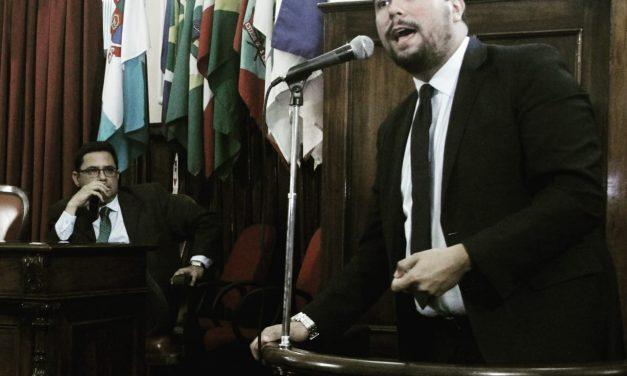 Bruno Lessa é contra decreto que restringe Uber em Niterói